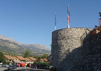 La Bâtie-Neuve - The tower, the only remains of the ancient castle of La Bâtie-Neuve