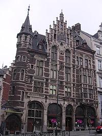 BRUXELLES Ancienne Pharmacie Ch Delacre et labo d'analyses.jpg