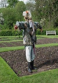 Baddesley Clinton Scarecrow 2.jpg