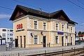 Bahnhof Klosterneuburg-Kierling Aufnahmegebäude.jpg