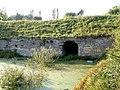 Bajoro, mur i tajemnicze wejście - panoramio.jpg