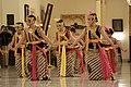 Beksan Puri Melati Gagrak Pakualaman 02.jpg