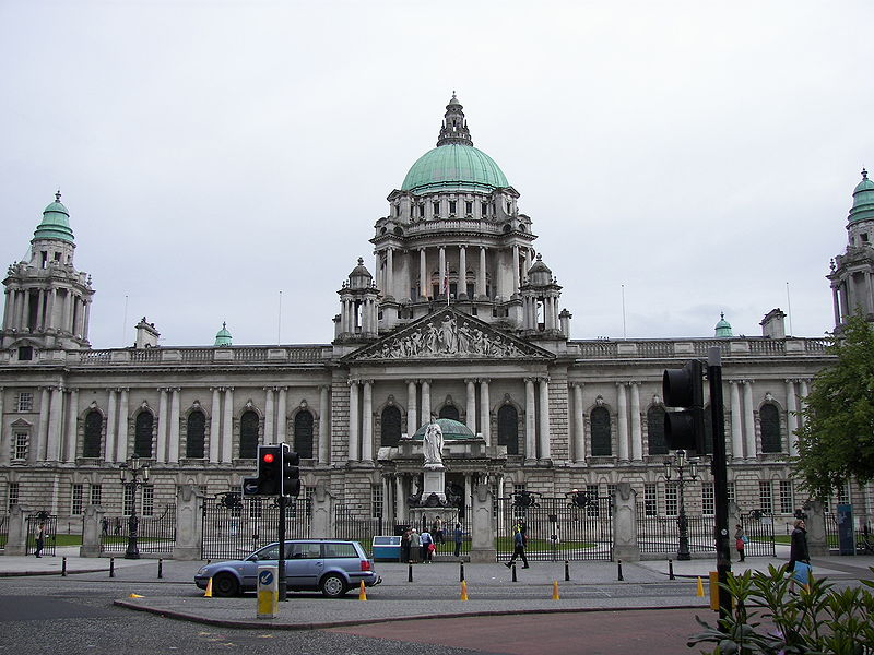 File:Belfast City Hall 2007.jpg