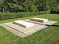 Belval-Bois-des-Dames-FR-08-sépulture Sommer-1.jpg