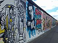 Berlin, East Side Gallery 2014-07 (Christoph Frank - Stay Free).jpg