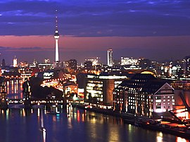 Berlin Mitte by night.JPG
