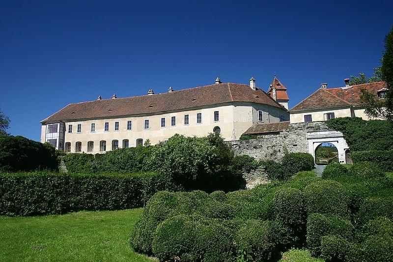 Datei:Bernstein Burg (Bild2).jpg