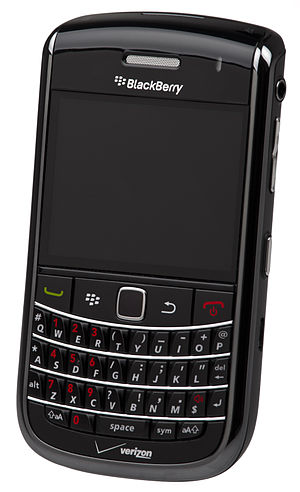 English: A BlackBerry Bold 9650 cell phone for...