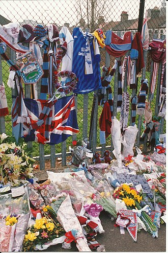 Millwall F.C.–West Ham United F.C. rivalry - Despite the rivalry, Millwall fans left tokens of remembrance at Upton Park for West Ham player Bobby Moore after his death in 1993.