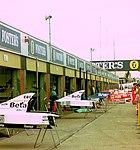 Bodywork in the pit lane 1993 Silverstone.jpg