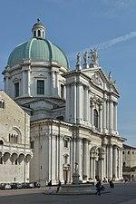 File:Brescia duomo facciata principale.jpg