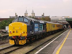 Bristol Temple Meads - DRS 37419 and 37688.jpg