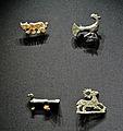 Bronzefibeln - Panther, Pfau, Taube und Hirsch.jpg