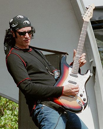 Bruce Kulick (pictured here in 2002) was the lead guitarist for Kiss from 1984 to 1996. BruceKulickGFR2002.jpg