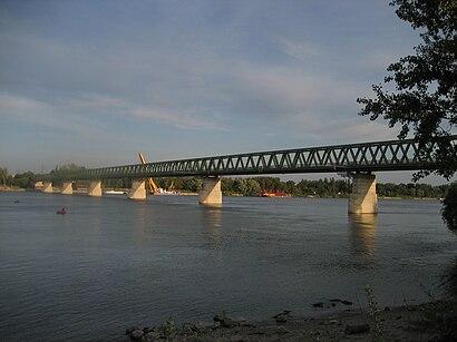 Menetrendek Északi Összekötő Vasuti Híd tömegközlekedéssel