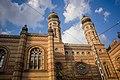 Building in budapest.jpg