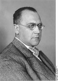 Bundesarchiv Bild 146-2006-0113, Gustav Stolper.jpg