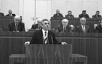Egon Krenz - Egon Krenz addressing the Volkskammer.