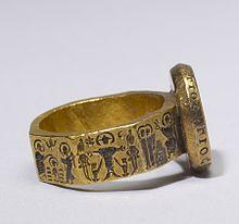 Mens Circle Gold Ring