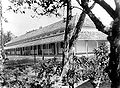 COLLECTIE TROPENMUSEUM Hollandsch-Chineesche School te Madiun Oost-Java TMnr 10002282.jpg
