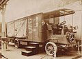 Camion chirurgical De Dion-Bouton (1913).jpg