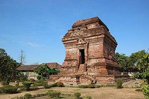 Pari Temple - Pari temple building