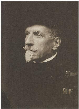 Alfred Hutton - Portrait of Alfred Hutton (late 1890s)