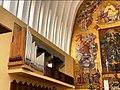 Capua Duomo S.M.Assunta organo Pinchi.jpg