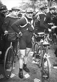 Carlo Galetti - Paris-Roubaix 1913.jpeg
