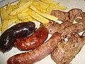 Carne de cordero del Maestrazgo y embutidos asados a la brasa de leña.jpg