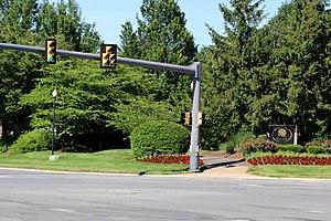 Cascades, Virginia - Image: Cascades Entrance