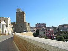 Veduta delle mura del borgo antico