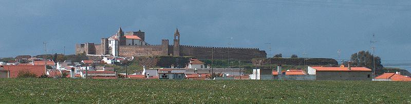 Imagem:Castelo de Mourão1136.JPG