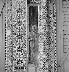 Cecil Beaton Photographs- General; Beaton, Cecil IB2357.jpg