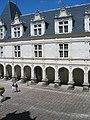 Château de Villandry-cour.jpg