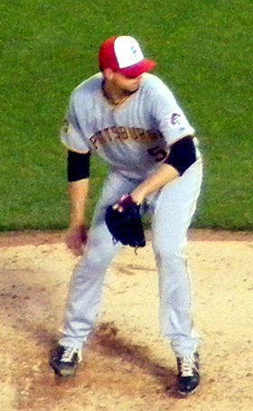 Charlie Morton on May 30, 2011.jpg