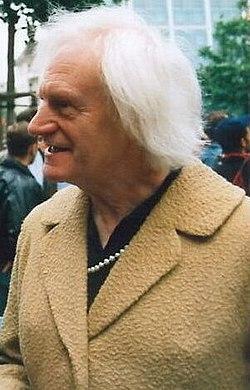 Charlotte von Mahlsdorf 19940625.jpg
