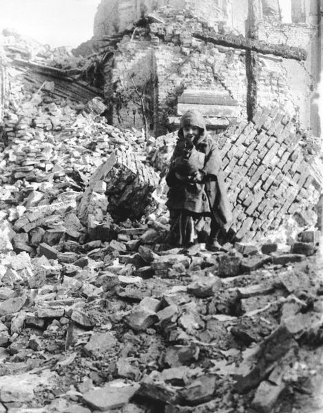 File:Child in the ruins of St Casimir Church.jpg