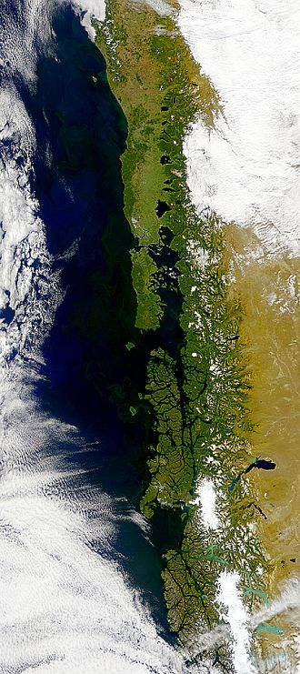 Geography of Chile - As seen in this SeaWiFS image Chile's southern coast is broken into many islands, fjords, channels and twisting peninsulas