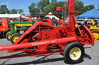 A Cockshutt 411 forage harvester Cockshutt 411 forageharvester side.jpg