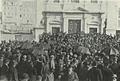 Comício contra a expulsão das Chinesas dos Bichos junto à Igreja dos Anjos, Phot. J. Benoliel - Brasil-Portugal (1Dez1911).png