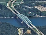 Combs–Hehl Bridge aerial 2017b.jpg