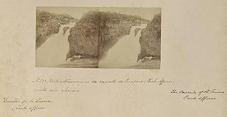 Vista estereoscópica de cascata de Princesa (Paulo Affonso) vista rio abaixo
