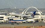 Continental 737-800 (365965657).jpg
