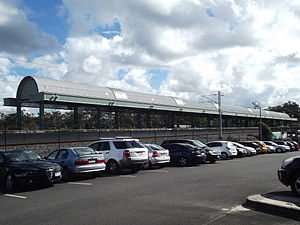 Coomera Railway Station, Queensland, July 2012.JPG