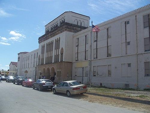Miami Beach Jail Deshaun Bell Feb  Miami Beach Jamaica Restaurants