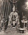 Coronation portrait of King Vajiravudh.jpg