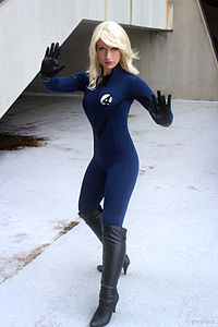 Cosplay Invisible Woman