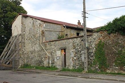 rencontre mur gay bar a Saint-Martin-dHeres