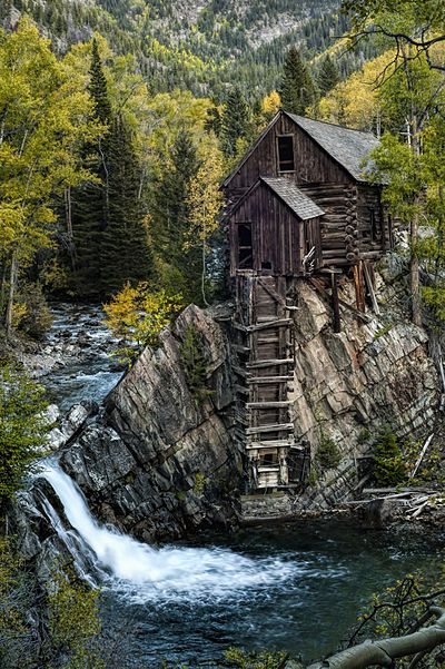 Photo of Crystal Mill in Crystal, Colorado, 11th place winner in International contest for Wiki Loves Monuments 2016